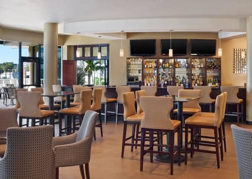 Sheraton Tampa Riverwalk Hotel-pool